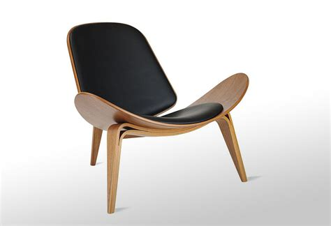 shell chair  hans  wegner lumberjac