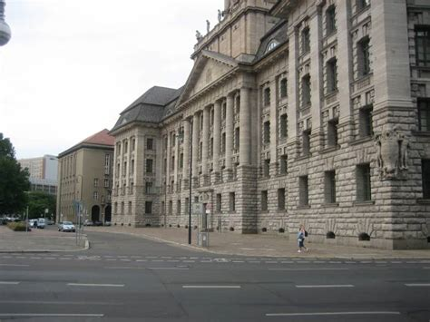 senatsverwaltung fur inneres berlin 5 j 252 denstra 223 e berlin mitte berliner rathaus