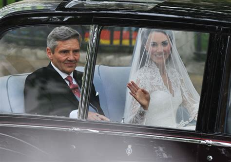 Prince William And Kate Middleton Back On by Royal Wedding Kate Middleton S Remarkable Poise At