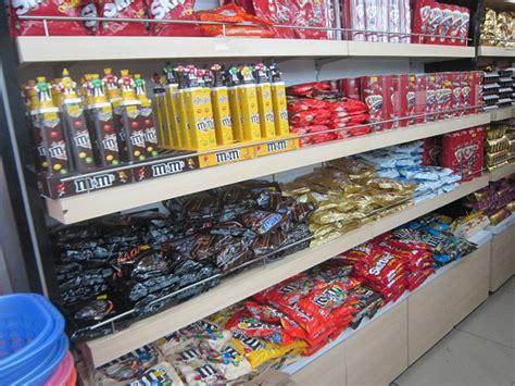 Rak Barang Kedai Runcit haji ismail langkawi tempat membeli belah tempat menarik