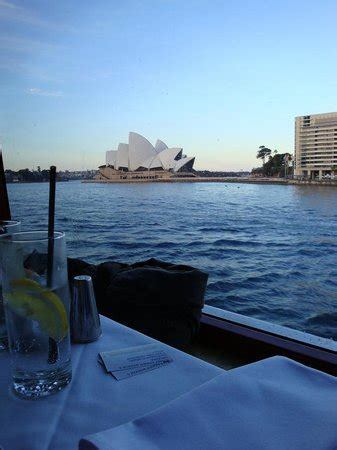 boat ride nice nice boat ride food not so great review of sydney