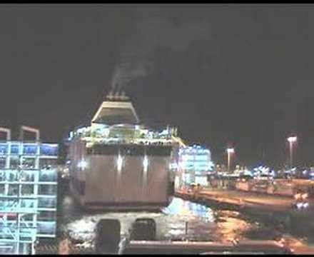 porto di palermo partenze navi snav sardegna gnv splendid in arrivo al porto