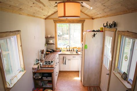 andrews family tiny home  wheels rooms  spaces