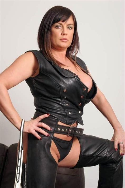 women in boots imagefap don t mess with her you ll regret it artful dodger