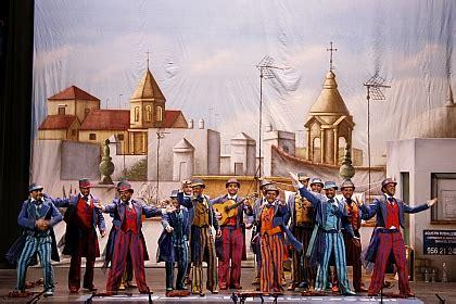 pjaros de fuego carnaval de cdiz 2005 comparsa los violinistas carnaval de c 225 diz 2011