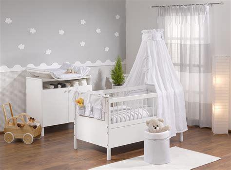 schöne kinderzimmer ideen für jungs tapete babyzimmer junge