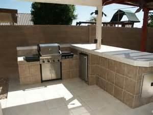 Diy Outdoor Kitchen Island Diy Outdoor Kitchen Tiled Island Outdoor Pinterest