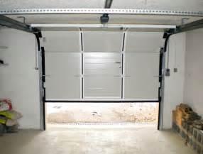 porte de garage coulissante dauphine stores et fermetures