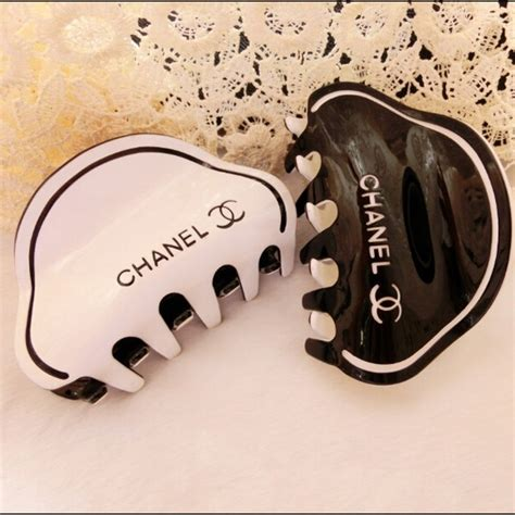 Set Of 2 Hair Clip chanel chanel hair set of 2 from donna s closet