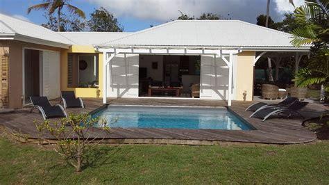 Marieke : Location villa de standing avec piscine à Saint François, Guadeloupe Iziva.com