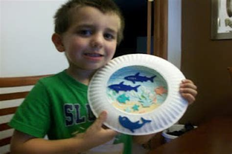 Paper Crafts For Boys - paper plate aquarium crafts for pbs parents