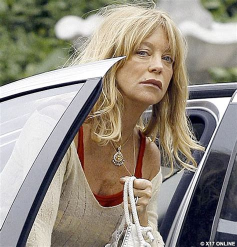 goldie hawn is how old goldie hawn recovers her youthful glow and her make up