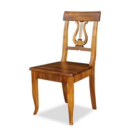 stuhl nussbaum stuhl mit brettsitz nussbaum im biedermeierstil bei stilwohnen