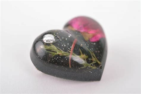 Handmade Brooch - resin jewelry ideas caymancode