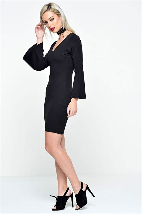 Zara Sleeve Bodycon premier de toi zara bell sleeve bodycon dress in black