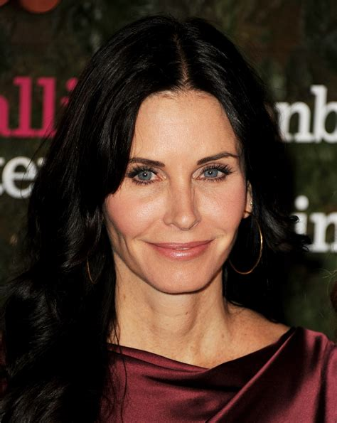 celebrety hair cuts after 50 year old courteney cox was jealous of rachel s hair on friends