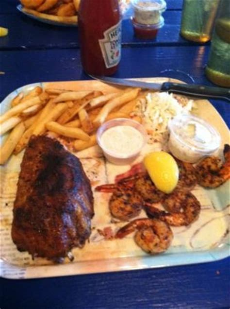 great food! incredible alligator ribs! review of elmo's