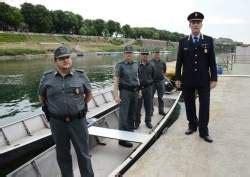 il ticino giornale di pavia torna la polizia fluviale a pavia controlli su po e