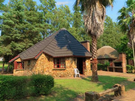 Planta Casas caba 241 as para 6 personas 2 dormitorios casa de piedra