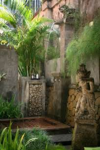 How To Turn Your Backyard Into A Beach 20 Tropical Outdoor Showers With Peaceful Feeling