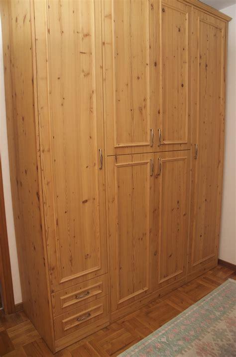 armadi legno naturale armadio legno naturale mobili su misura minati