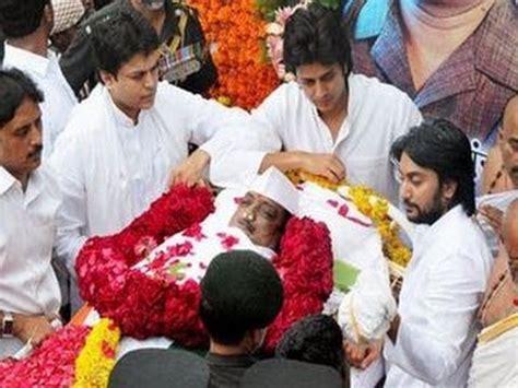 ritesh deshmukh house interior vilasrao deshmukh funeral at latur youtube