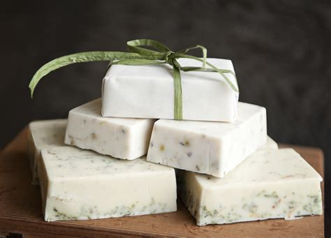 How To Make Handcrafted Soap - how to make pretty eco friendly soaps for favors shower