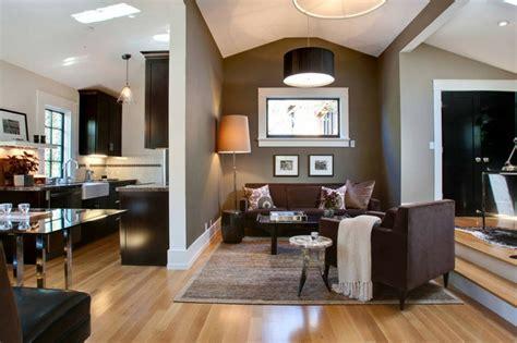 erstellen sie ihr eigenes wohnzimmer wandgestaltung in braun 50 wohnzimmer wohnideen