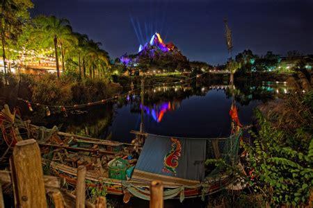 disney's animal kingdom   fantasy world   resorts in