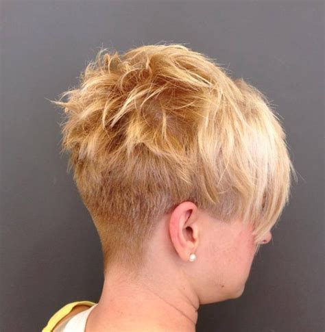 Short Hairstyle with a Buzzed Nape ? Hairstyles