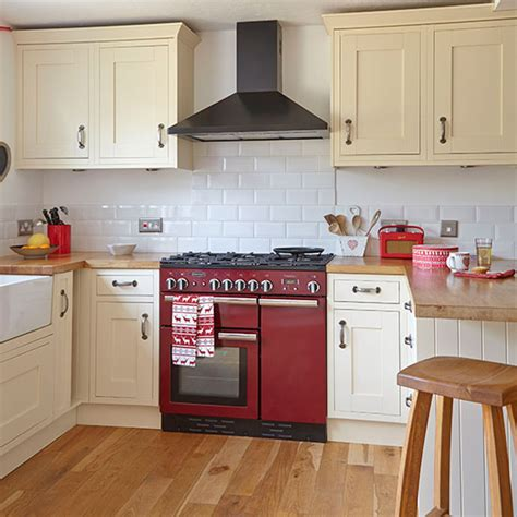 Cream Shaker Kitchen Ideas Neutral Kitchen With Red Range Cooker Decorating Ideal