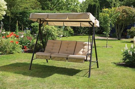 dondoli per giardino dondoli da giardino mobili giardino modelli di dondoli