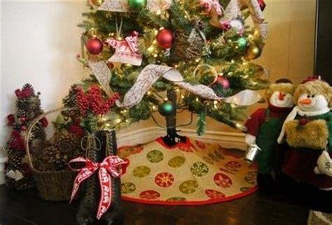 pattern burlap christmas tree skirt 10 interesting ways to make burlap christmas tree skirt