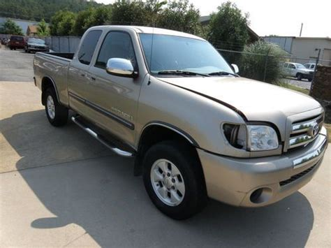 Used Toyota Tundra For Sale In Arkansas Buy Used Toyota Tundra Extended Cab Sr5 2006 Damaged