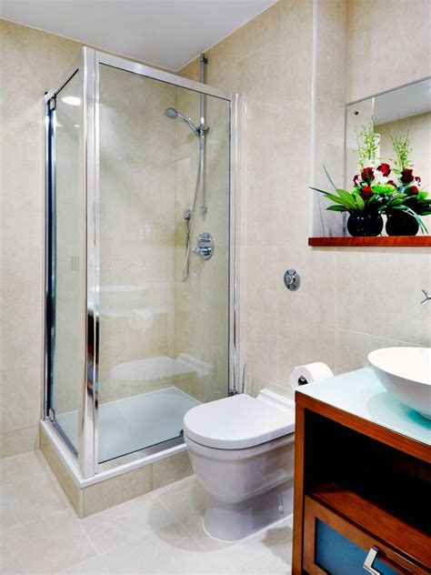 Posh Kensington Shower Bath by Harrington Court Apartments South Kensington
