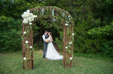 outdoor wedding enchanted brides outdoor wedding enchanted brides