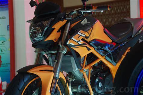Spakbor Depan Cb 150r Warna Hitam tmcblog 187 konsep modifikasi moge look honda cb150r