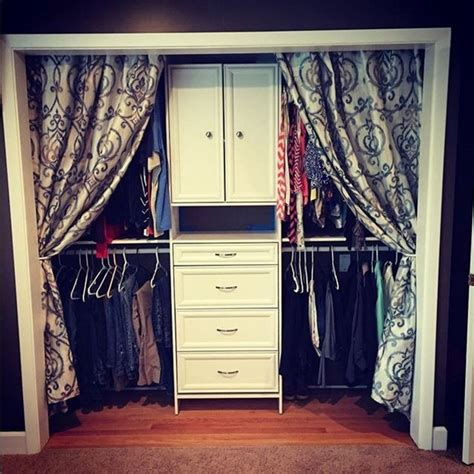 Closet Curtain Ideas by 25 Best Ideas About Closet Door Curtains On