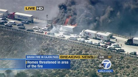 cajon pass fire north fire shuts down 15 fwy burns cars prompts