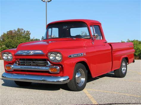 show winning 1959 chevy 3100 apache fleetside