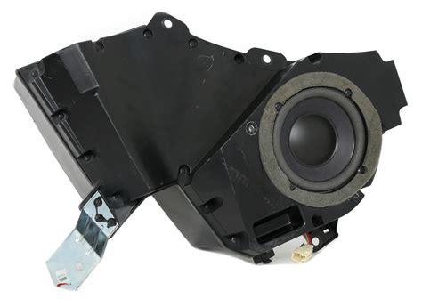 2005 Pontiac Vibe Parts by 2005 Pontiac Vibe Genuine Oem Monsoon Sub Woofer Speaker