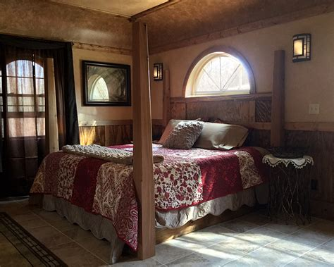 hobbit bedroom hobbit hollow enchanting romantic getaway in makanda