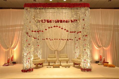 Wedding Flowers and Decorations   Indian wedding Ceremony