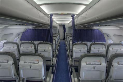 airbus a320 cabin a320 200 panorama photo cabin lufthansa magazin