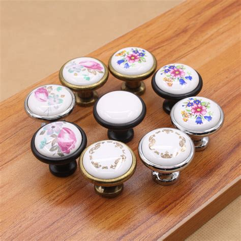Kitchen Drawer Knobs And Pulls by 32mm 25mm Countryside White Ceramic Knobs And Pulls