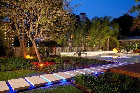 garden path lighting ideas