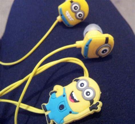 Earphone Minion minion earphones nath