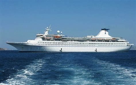 boat cruise kochi 10 destinations for cruise vacations in india