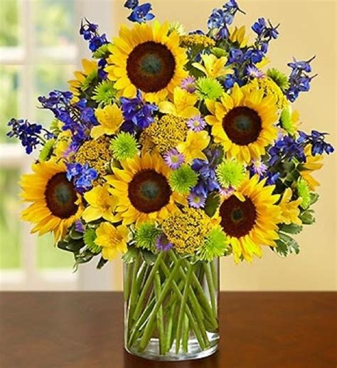 sunflower arrangements ideas 1000 images about flower arrangements on pinterest