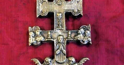 imagenes de cruces satanicas el blog de las sombras alc 224 sser la cruz de caravaca